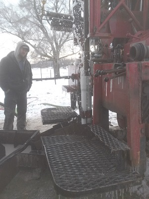 Thompon Well Drilling - Working in the snow